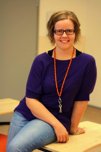 Tarja Korhonen on ollut Hyrylän lukiossa reilu 3 vuotta ruotsin ja saksan opettajana.
