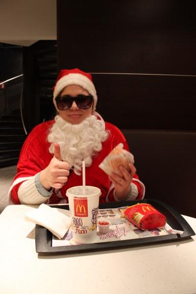 Happy Meal saa jokaisen joulupukin hymyilemään