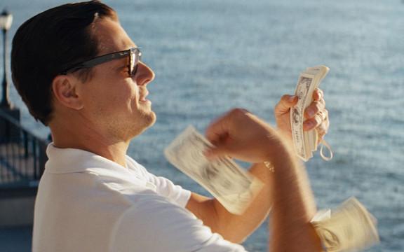 Belfortilla on rahaa kuin roskaa.