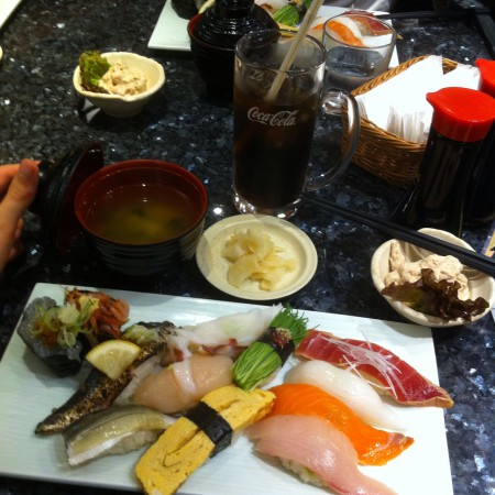 Japanilainen sushi on huomattavasti parempaa kuin suomalainen.