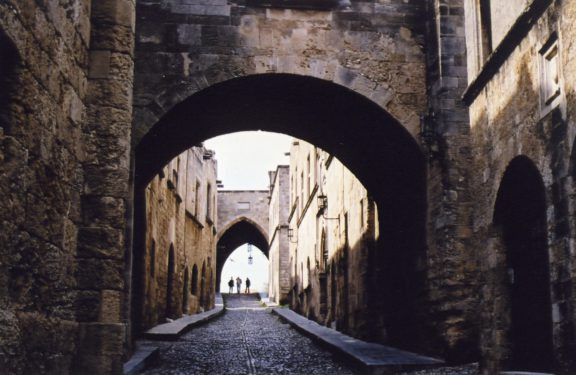 rhodes_old_town_street_of_knights_1