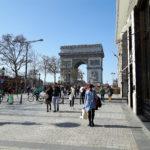 Keväinen Pariisi hurmaa lämmöllään ja tunnelmallaan