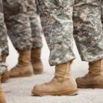 Olen nainen ja aion armeijaan!